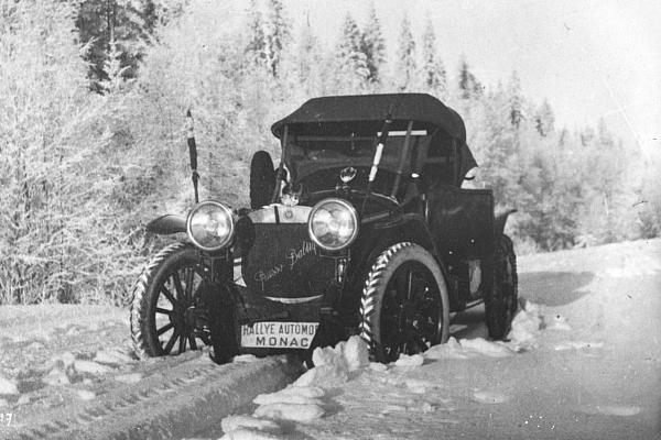 Гоночный автомобиль Руссо Балт номер 2431